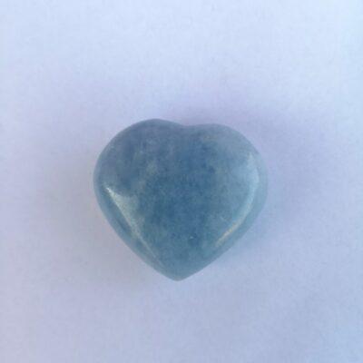 hjärta i blå kalcit madagaskar