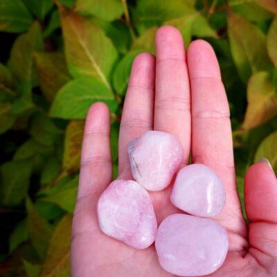 rosa petalit pink petalite